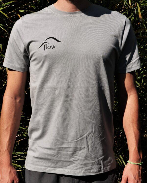 P1075133 (2)grey beewah climbing tshirt front